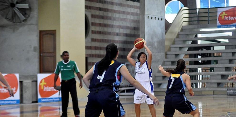 Rompe fuegos el baloncesto intercolegial