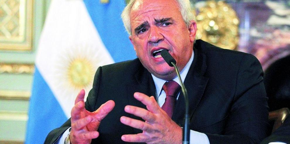 Samper aboga por normalizar las relaciones entre Caracas y Madrid