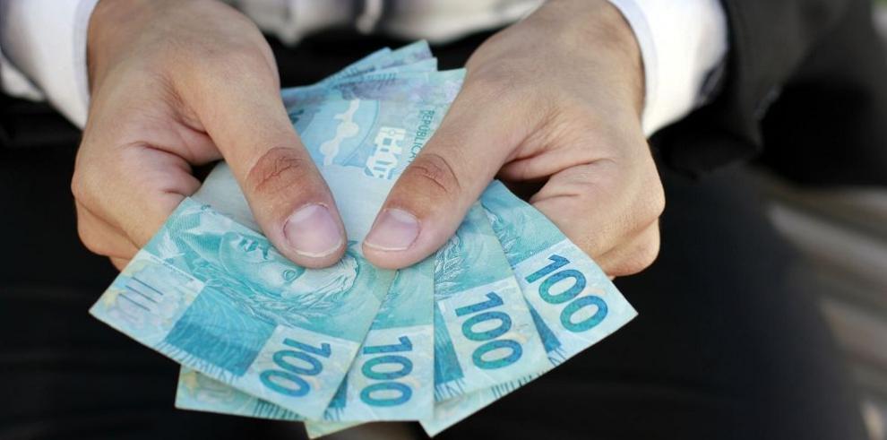 Mercado brasileño prevé más inflación
