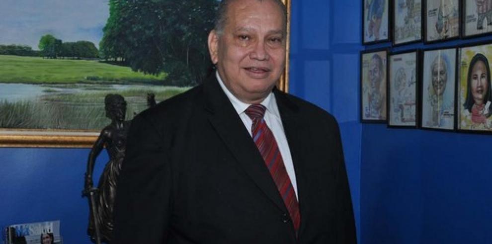 Muere David Serrano Morales, ícono de la radio panameña