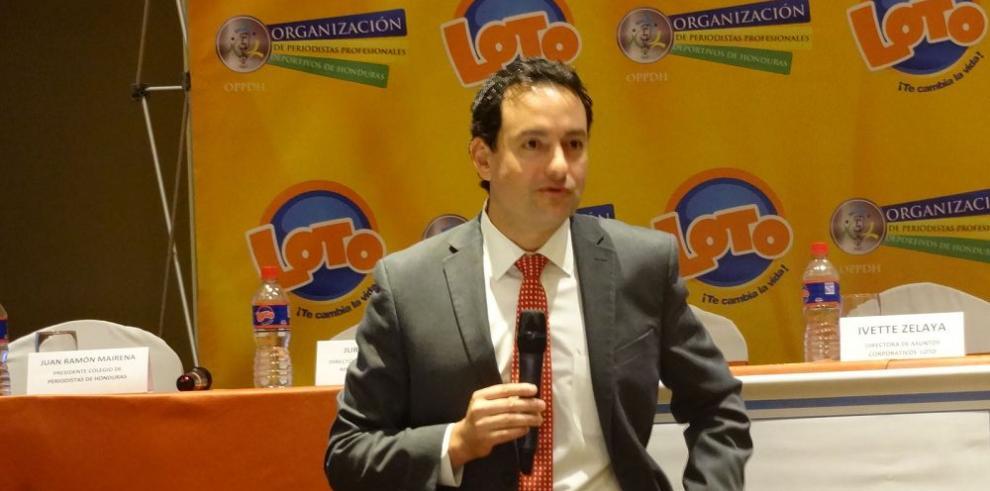 Concacaf promueve a Mainka como secretario general