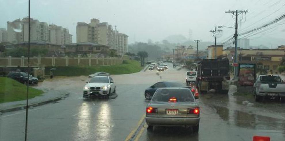 Condado del Rey vuelve a quedar sumergido tras las lluvias