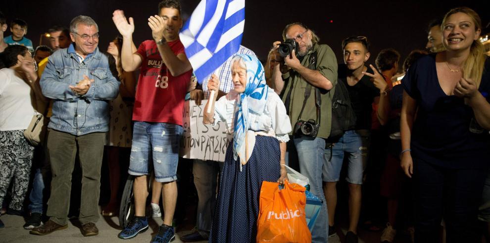 Los griegos esperan volver rápido a la normalidad