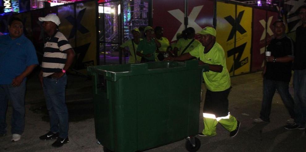 Recolectan 80 toneladas de basura durante feria en Panamá