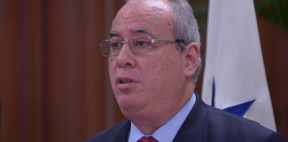 Comisión de credenciales archiva denuncia contra Ayú Prado
