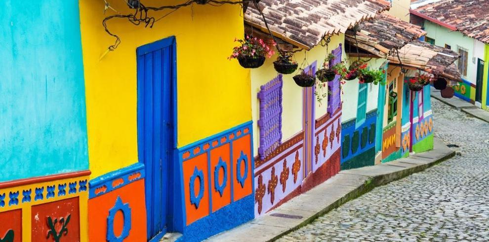Medellín promociona la Feria de las Flores y el Festival de Tango