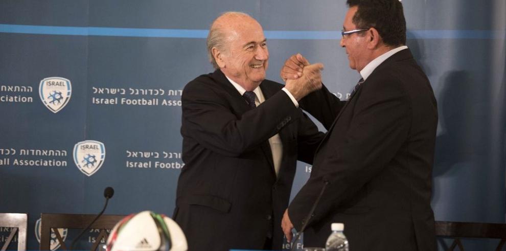 Blatter desea un partido entre Israel y Palestina
