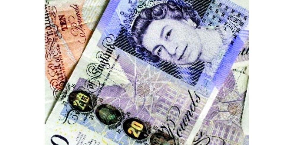 Inflación británica registra en negativo
