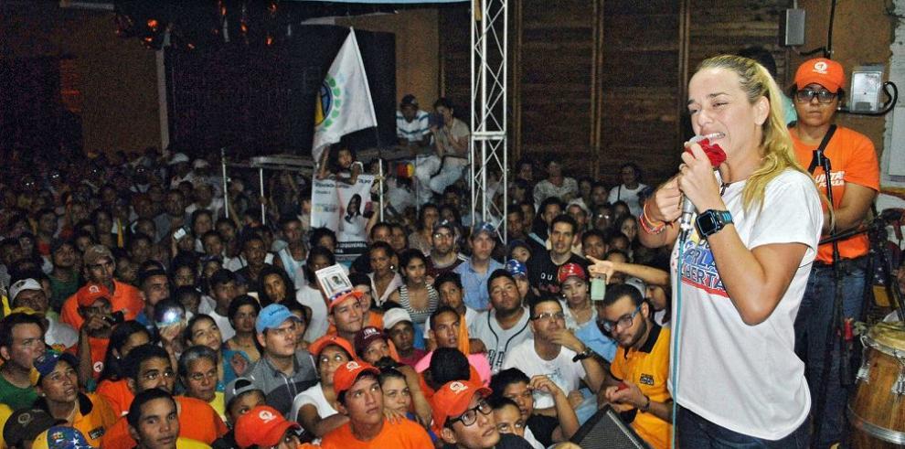 Muere opositor venezolano durante campaña electoral