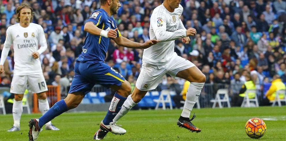 Real Madrid aplaca la crisis con un triunfo