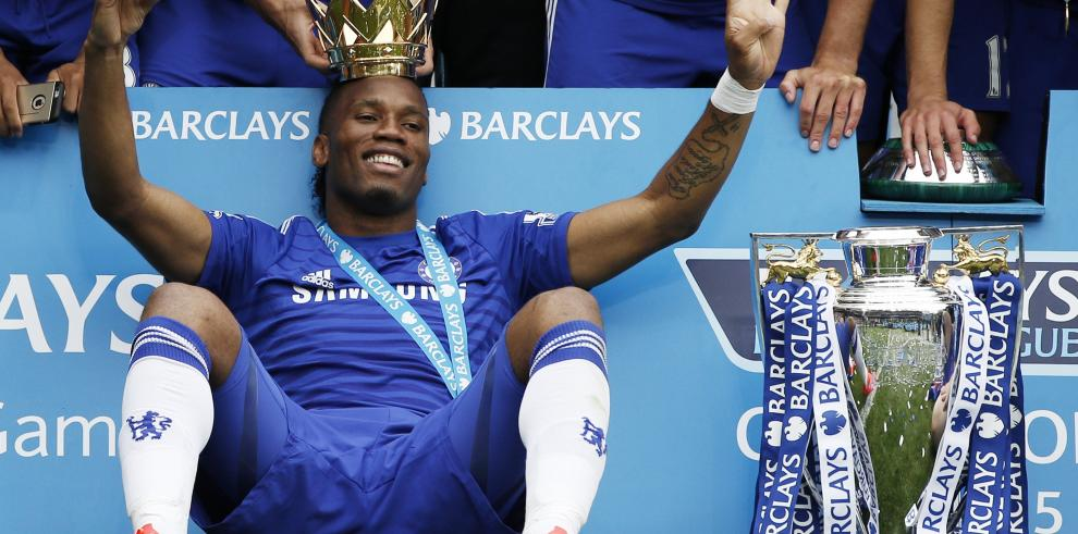Drogba deja el Chelsea pero no se retira