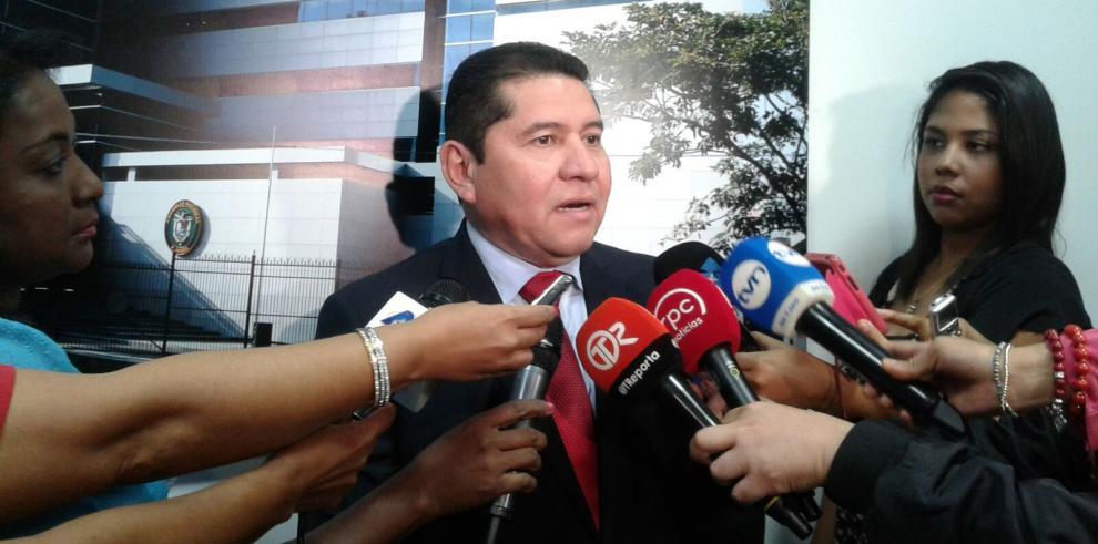 De León dice que la ley 214, dará tranquilidad a los ciudadanos
