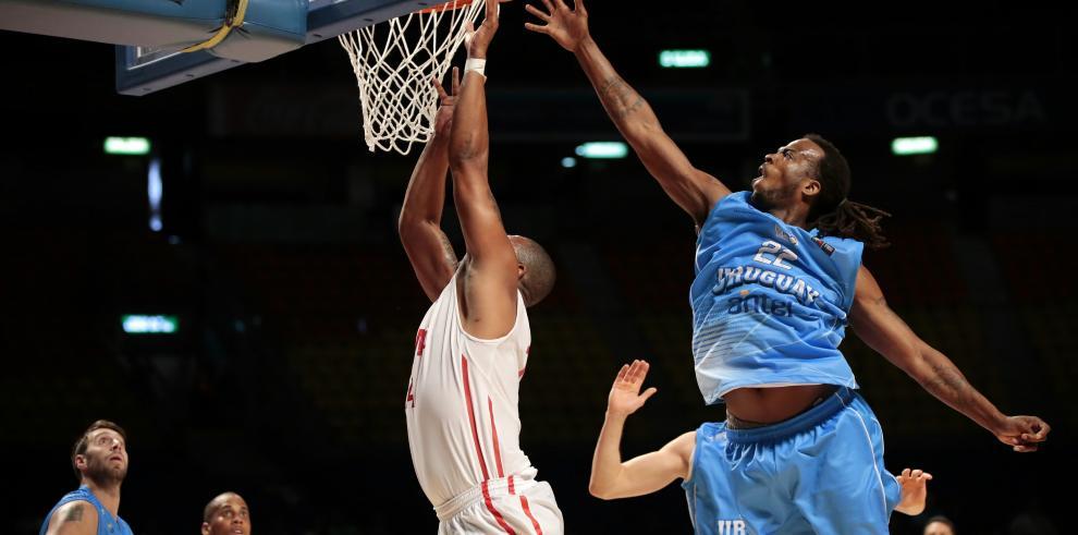 Panamá sorprende a Uruguay 78-71 en Preolímpico de Baloncesto