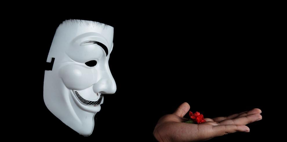 Anonymous revela la identidad de supuestos miembros del Ku Klux Klan