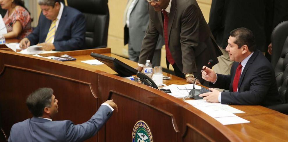 Asamblea enfrenta crisis por la reforma de la Ley 55