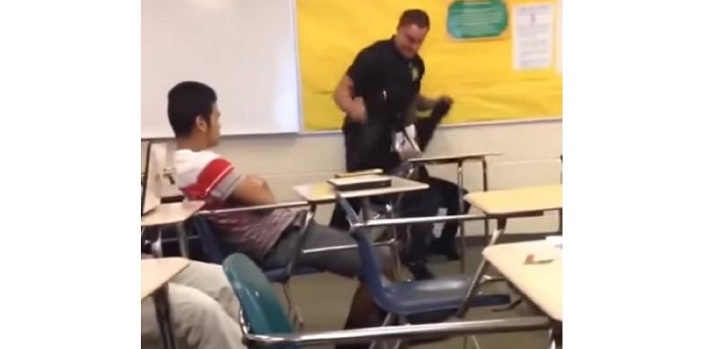 Arresto violento de una estudiante negra en una secundaria en EEUU