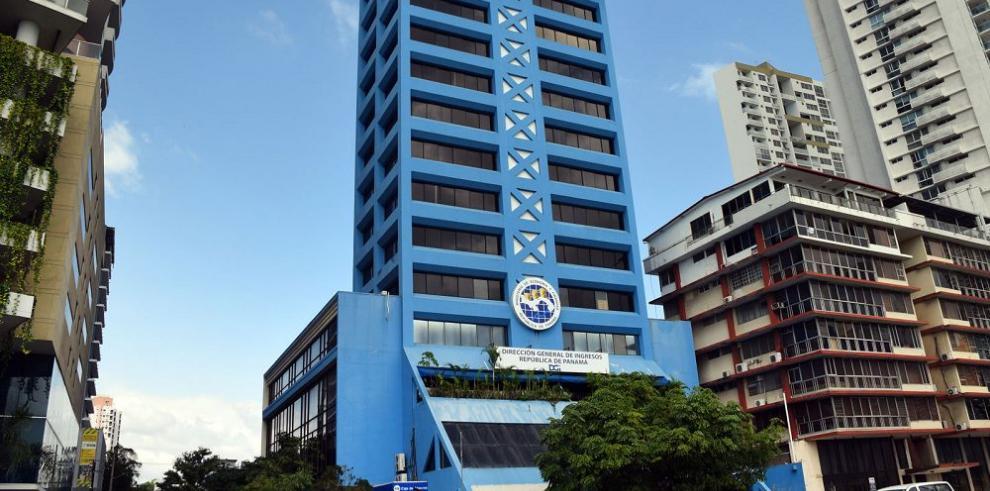 Empresarios piden aplazar vigencia del agente de retención
