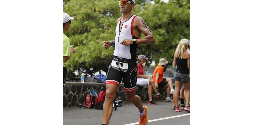 Pedro Cordovéz, el atleta total y maestro del running nacional