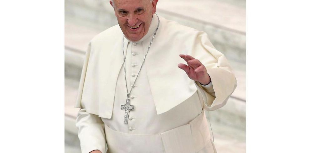 """El """"Efecto Francisco"""": Un Papa que reconoce sus pies de barro"""