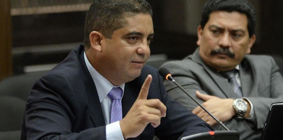 Justicia guatemalteca abre proceso contra Monzón