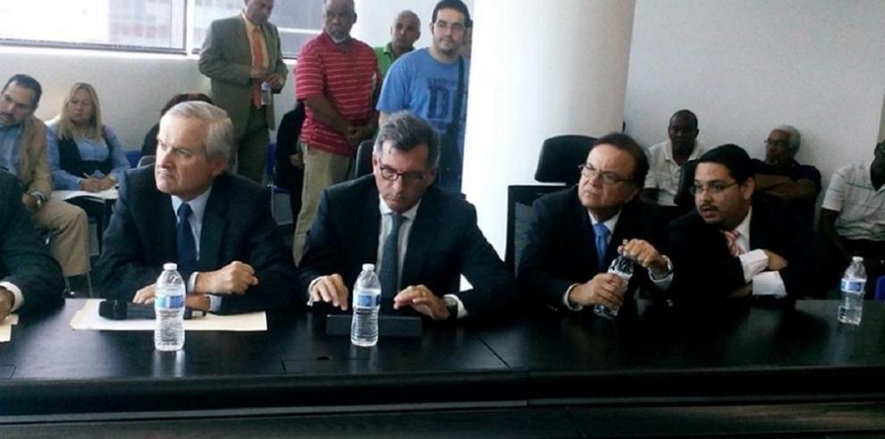 Álvaro Alemán sustenta la adquisición de MiBus y la Línea 2 del Metro