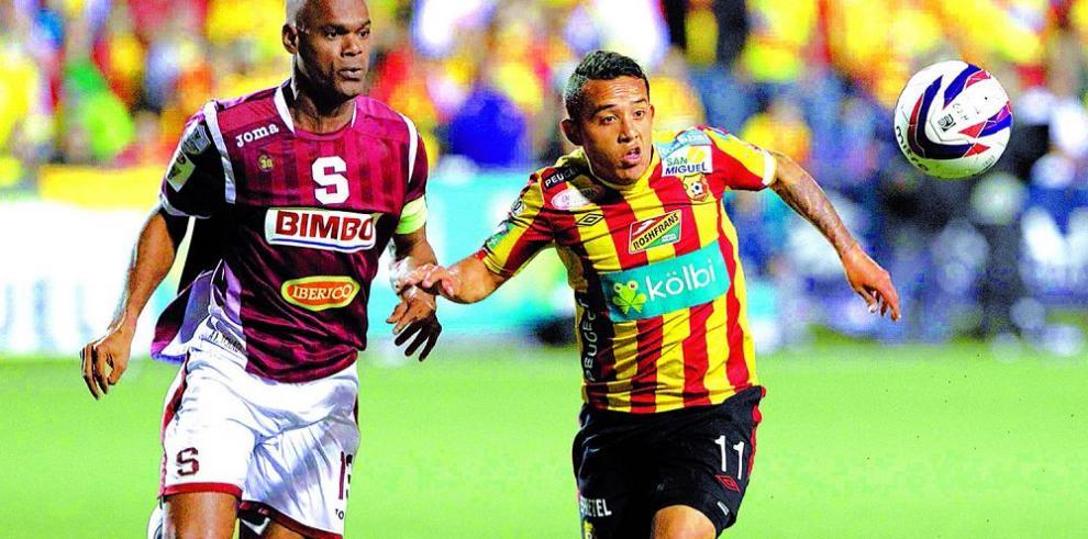 Machado y Saprissa no baja la guardia