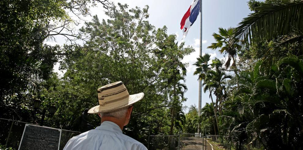 Reacondicionarán el asta de la bandera sobre el cerro Ancón