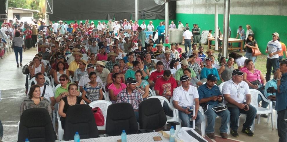Residentes de Macaraca y Tonosí participan de foro minero