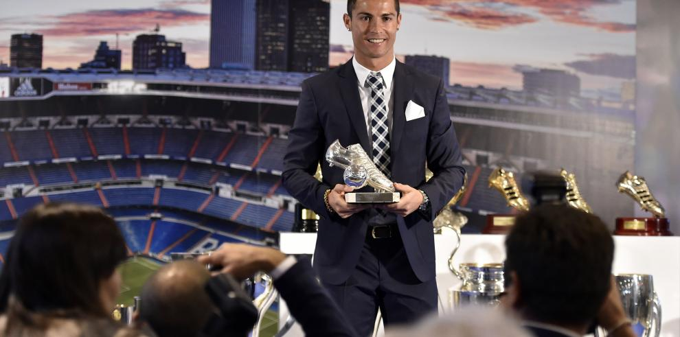 RealMadrid homenajea a Cristiano Ronaldo por récord de goles