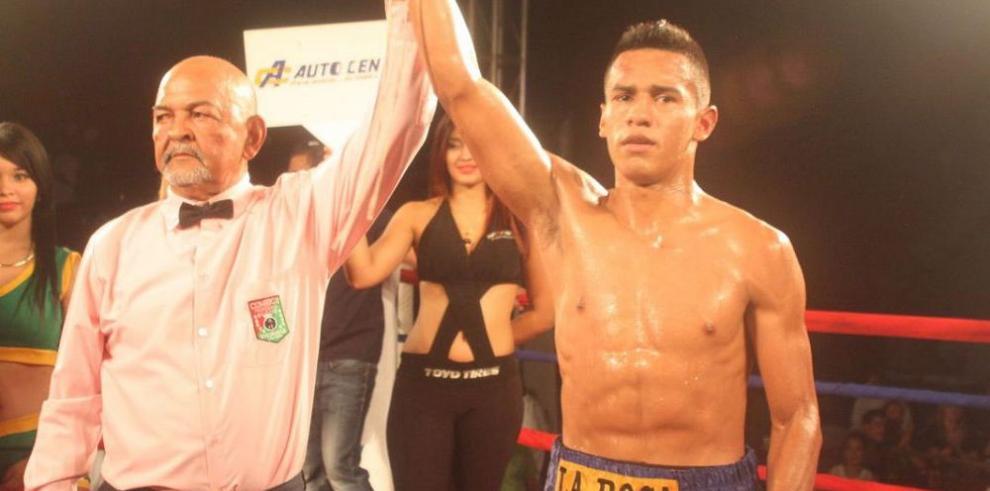 Byron De Gracia lanza reto a Manuel Vides
