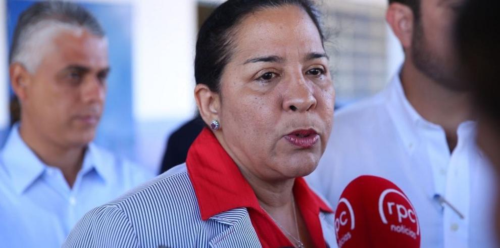 Ministra defiende nuevo proceso para elegir directores