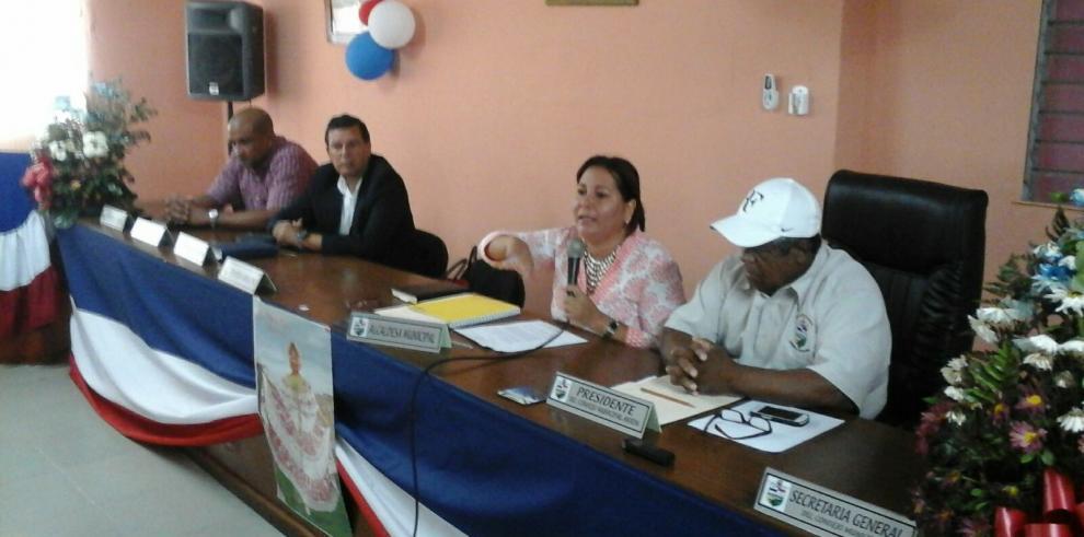 Repararán carretera de Juan Hombrón en Antón