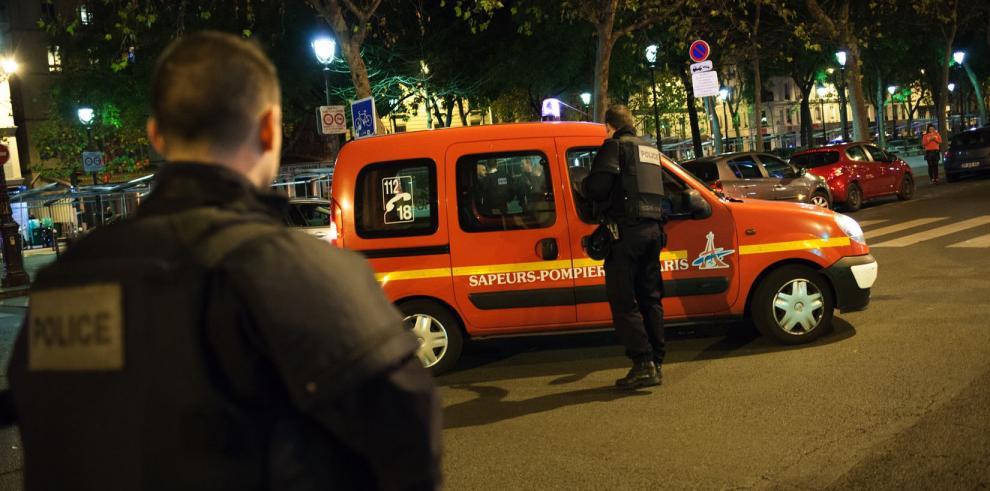 Al menos 153 muertos en diferentes atentados de París