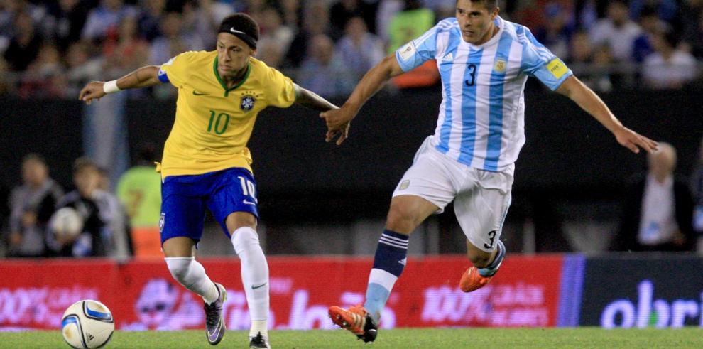Argentina y Brasil empataron 1-1 por la clasificatoria al Mundial