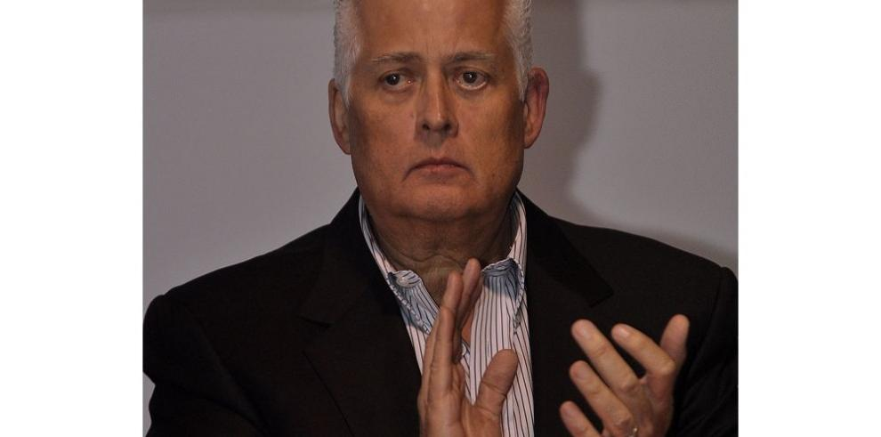 Pérez B. quiere volver a la Presidencia