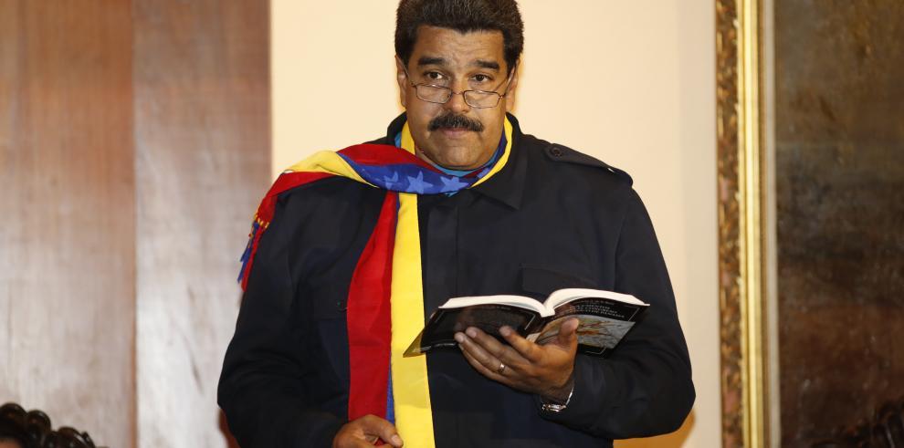 Nicolás Maduro suspende viaje al Vaticano por