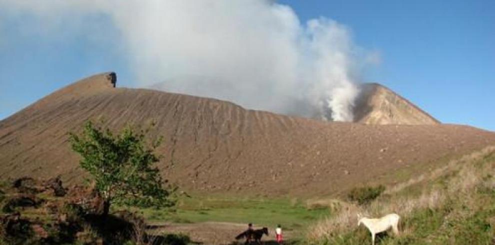 Nicaragua mantiene alerta preventiva por erupciones volcánicas
