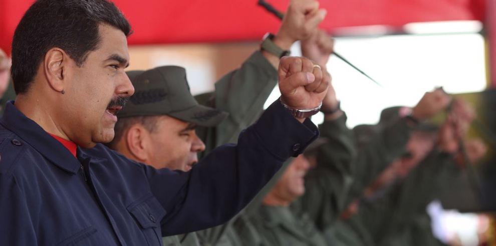 Chile busca mediar entre Maduro y la oposición