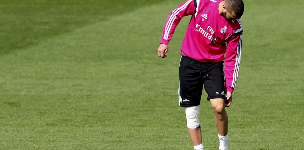Benzema, con esguince de rodilla, nueva baja del Real Madrid