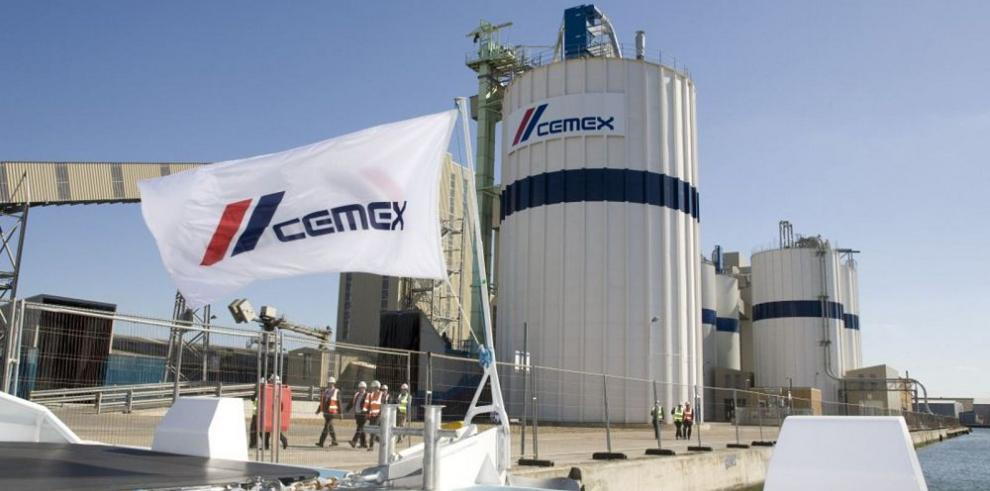 Cemex, complacido tras mejorar su calificación crediticia