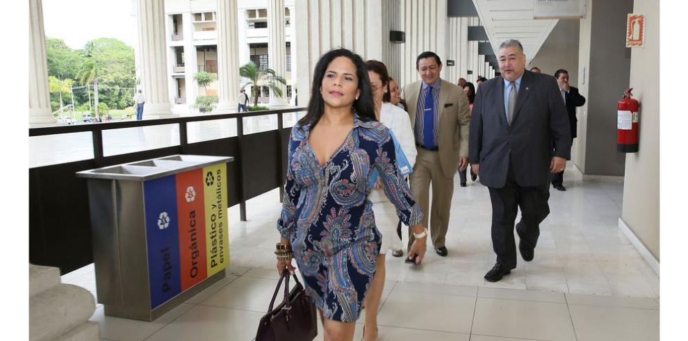 Nómina que busca dirigir el Colegio de Abogados clama por la constituyente