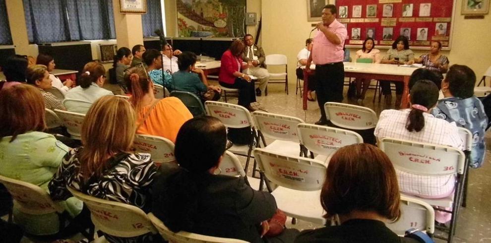 Docentes del Colegio Rodolfo Chiari decretan paro de 48 horas