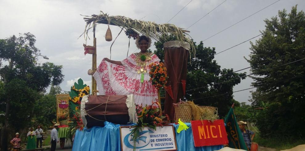 Aguadulce, Antón y La Pintada se vistieron de folclor el fin de semana