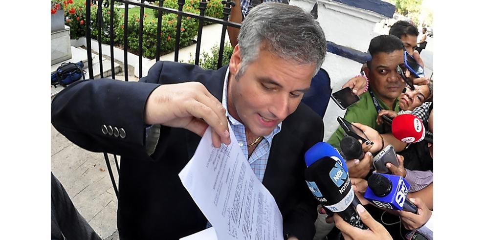 Papadimitriu asistirá a la CSJ como testigo en el caso de
