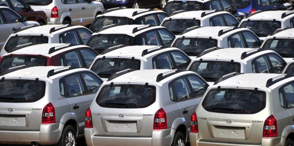 Préstamos para compra de autos aumentan 21.5%