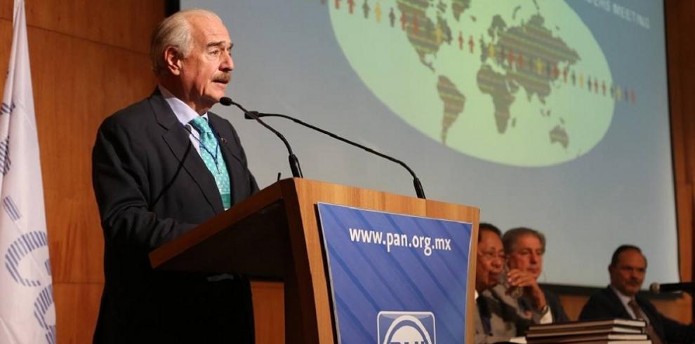 Andrés Pastrana nuevo presidente de la IDC