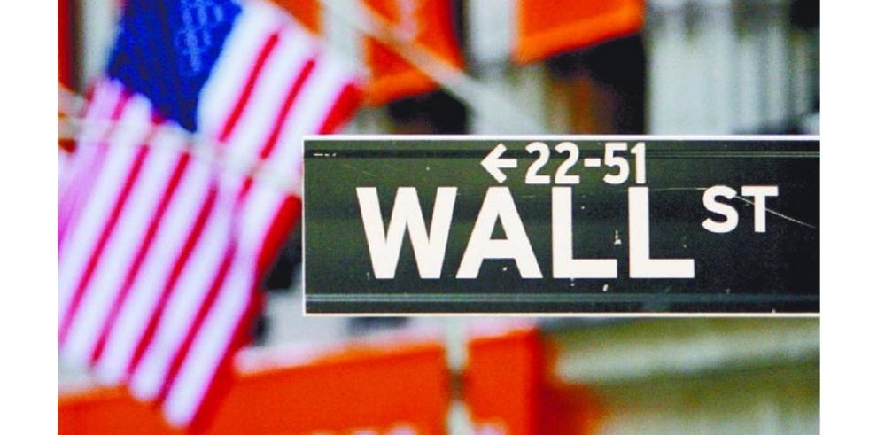 Wall Street termina en aumento, más tranquilos sobre Grecia