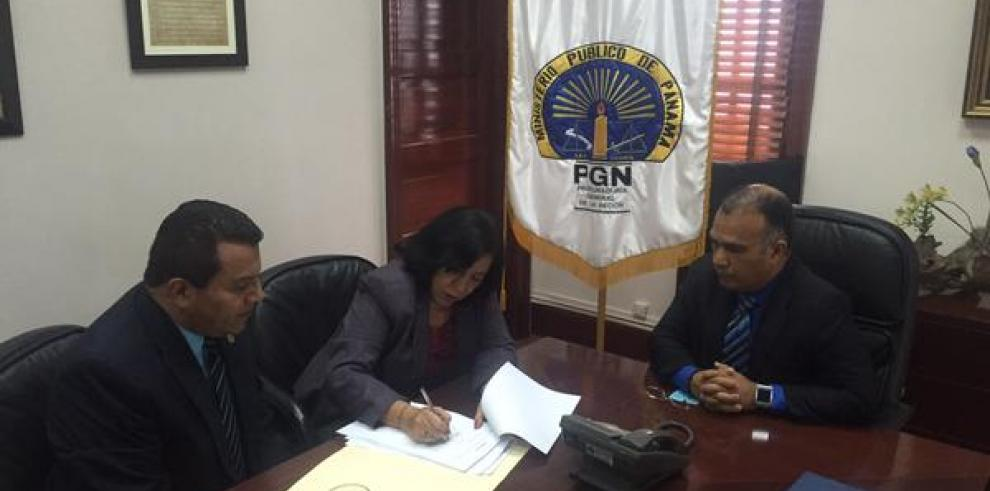 Ministra Paredes interpone denuncia por incidentes en el IN
