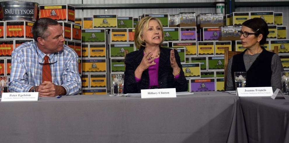 """Difunden polémicos """"emails"""" de Hillary Clinton"""