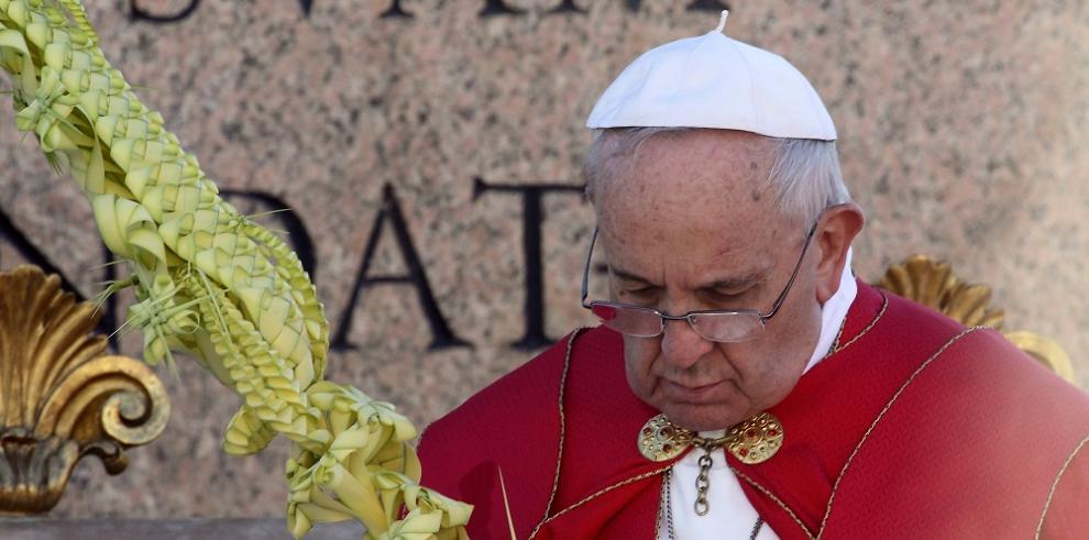 Así iniciaron la Semana Santa miles de católicos en el mundo